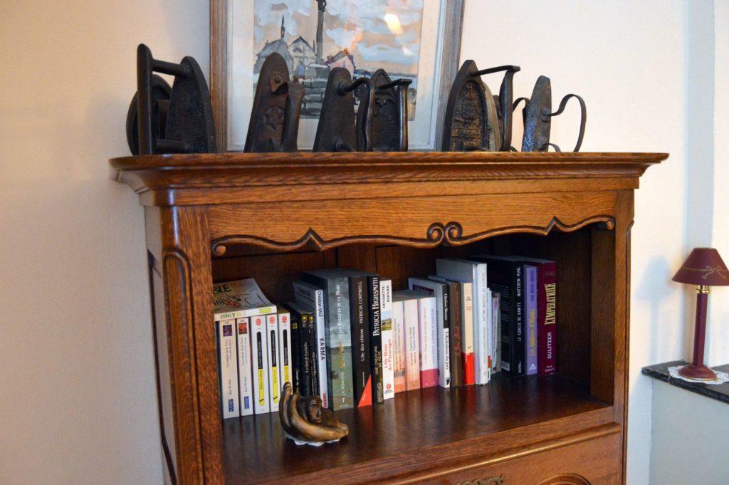 Décoration - Gîte le vieux pressoir - Bibliothèque