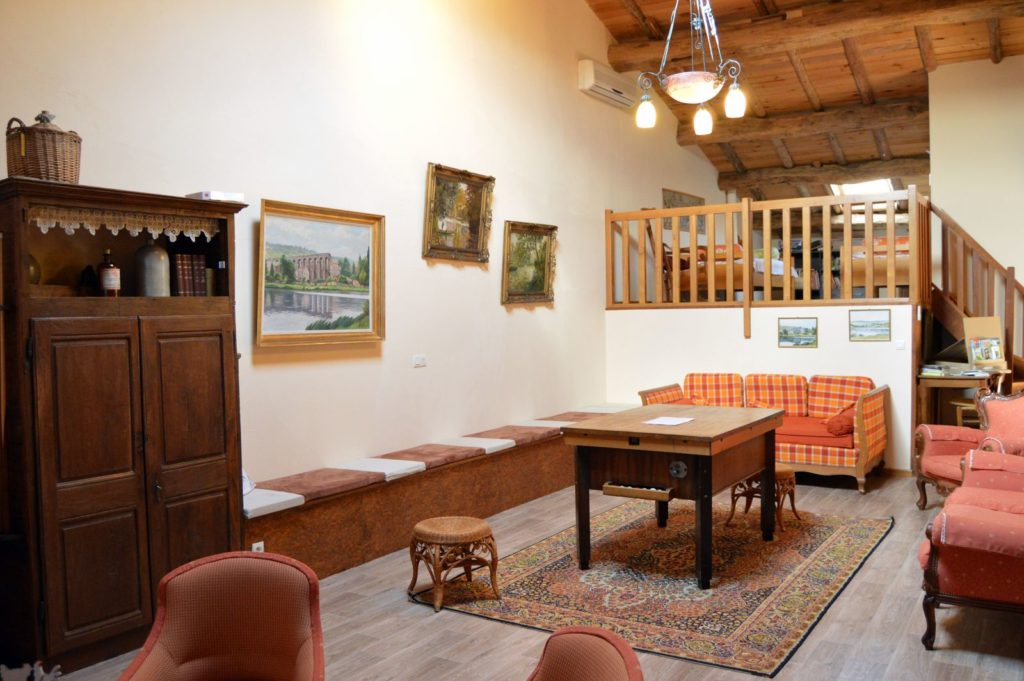 Salon - Mezzanine - Location de vacances Le vieux pressoir